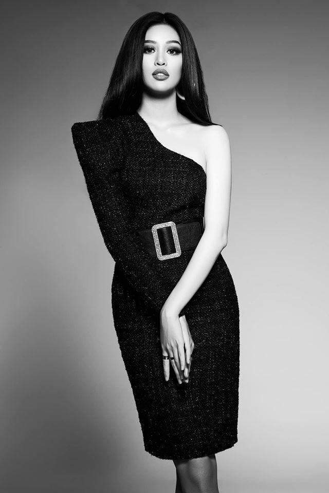 Ngày cách ly 20: Á hậu Tường San nhận giải Gương mặt của năm ảnh 2