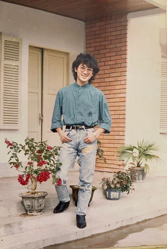 Huyền My khoe ảnh bố thời trẻ 'chất chơi' như ngôi sao nhạc rock khiến fans 'phát sốt' ảnh 2