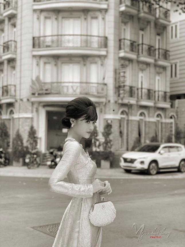 Á hậu Thuý Vân khoe khéo mẹ chồng tương lai trong Ngày của Mẹ ảnh 11