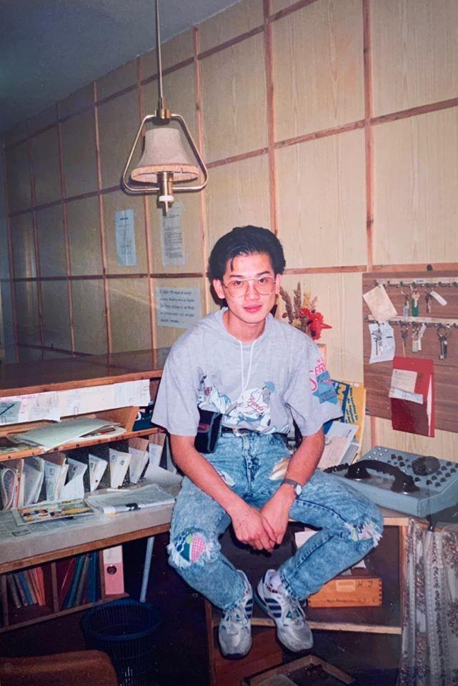 Huyền My khoe ảnh bố thời trẻ 'chất chơi' như ngôi sao nhạc rock khiến fans 'phát sốt' ảnh 1