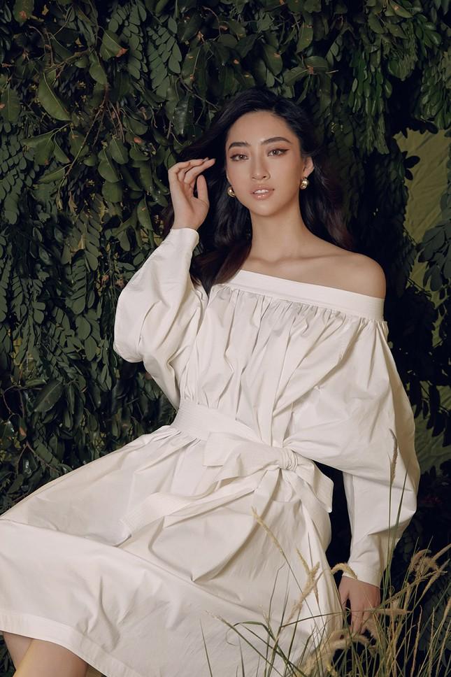 Lương Thuỳ Linh chia sẻ khát vọng tiếp tục đi thi quốc tế, tung bộ ảnh mới cực gợi cảm ảnh 3