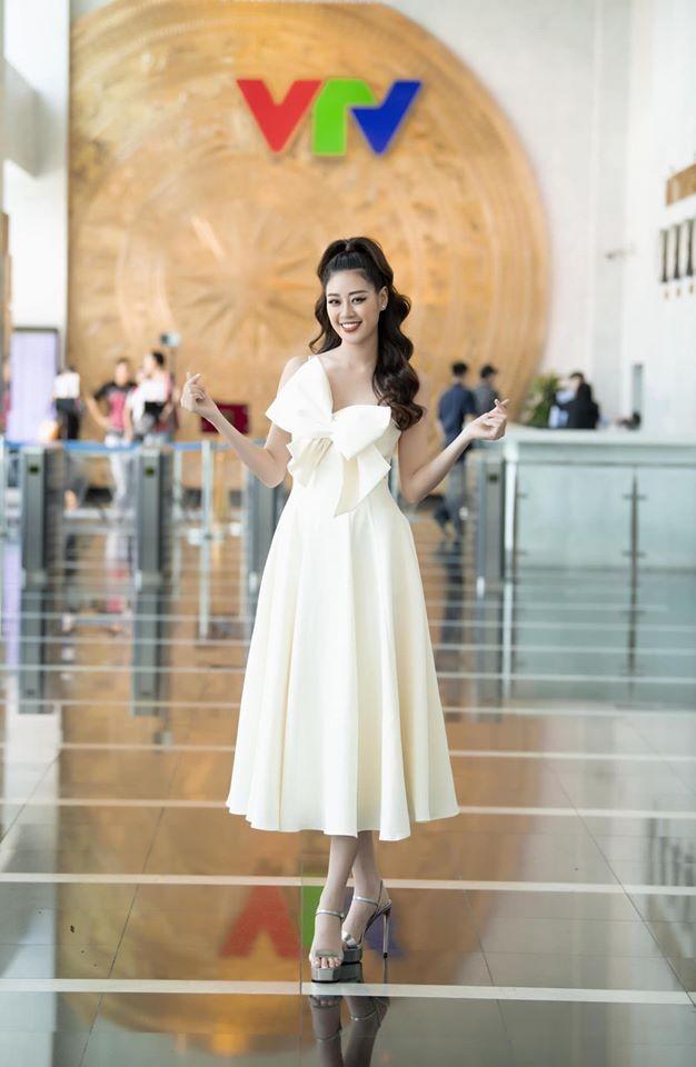 Hoa hậu Thu Thảo hạ sinh con trai, gia đình nhỏ đã 'đủ nếp đủ tẻ' cực hạnh phúc ảnh 4