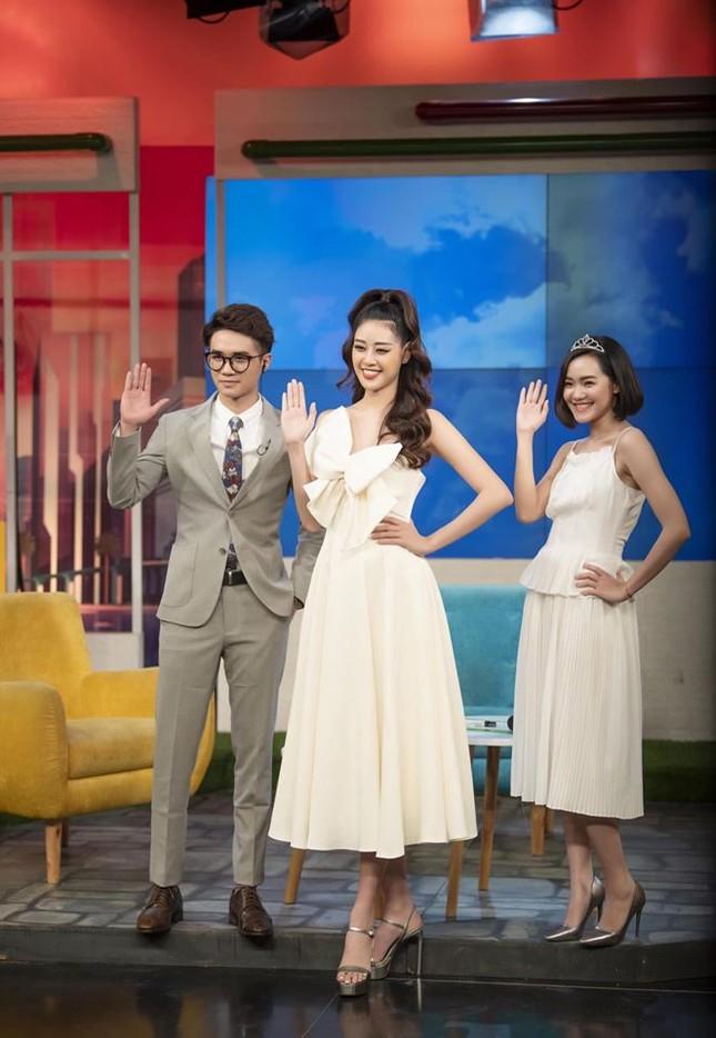 Hoa hậu Thu Thảo hạ sinh con trai, gia đình nhỏ đã 'đủ nếp đủ tẻ' cực hạnh phúc ảnh 6