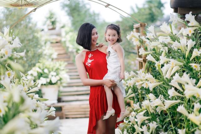 Ngọc Hân hé lộ ông xã tương lai mong có con gái đáng yêu như bé Cherry nhà Hồng Quế ảnh 6