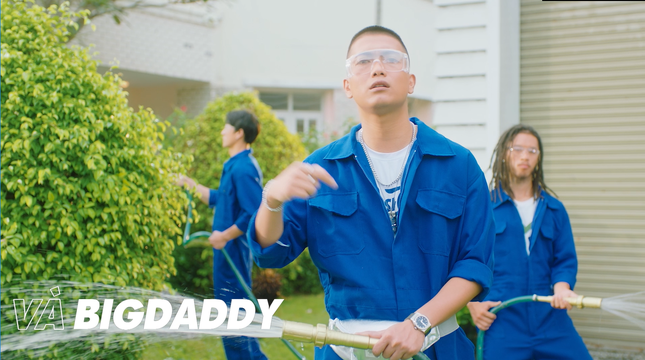 Không chỉ có trai đẹp 6 múi, MV mới của Bích Phương còn bất ngờ xuất hiện cả BigDaddy ảnh 3
