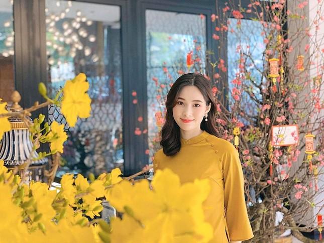 Nhan sắc vẫn xinh đẹp 'không tì vết' của Hoa hậu Thu Thảo khi bầu bí lần 2 ảnh 5