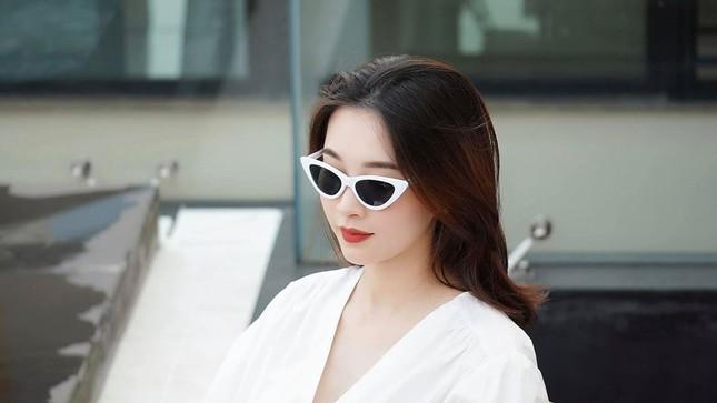 Nhan sắc vẫn xinh đẹp 'không tì vết' của Hoa hậu Thu Thảo khi bầu bí lần 2 ảnh 4