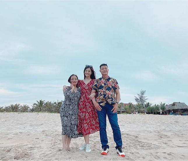 Hoa hậu Mai Phương Thuý mặc bikini khoe dáng nóng bỏng bên hồ bơi ảnh 10