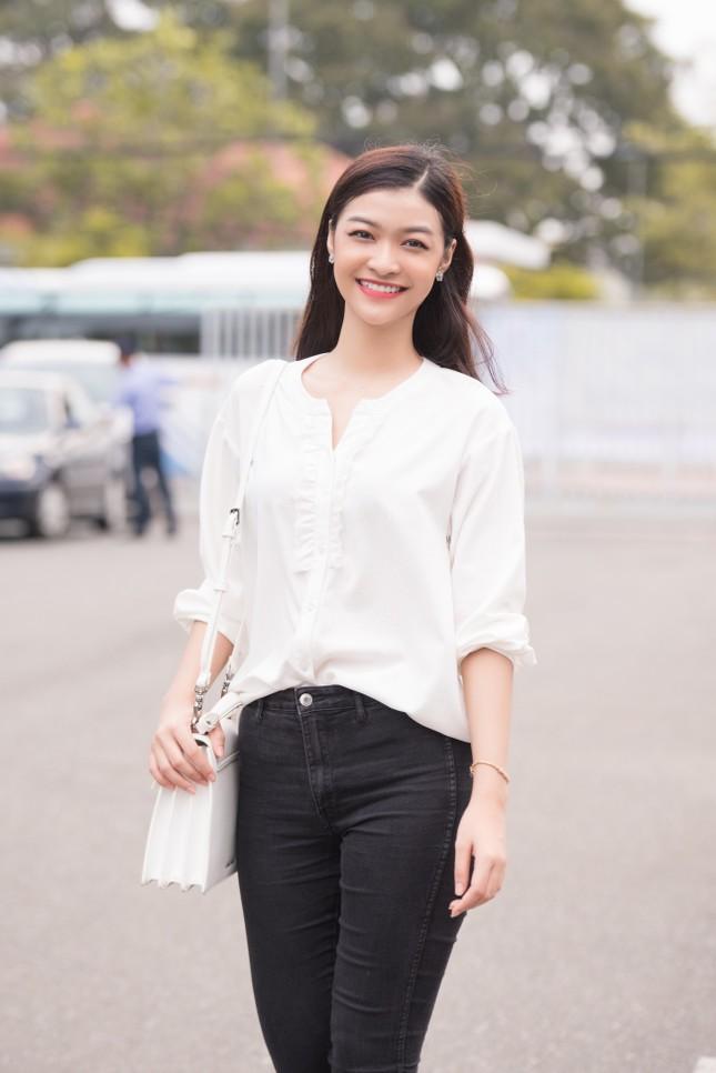 Dàn Hoa - Á hậu khoe sắc tinh khôi với áo trắng, tham gia hiến máu nhân đạo ảnh 6
