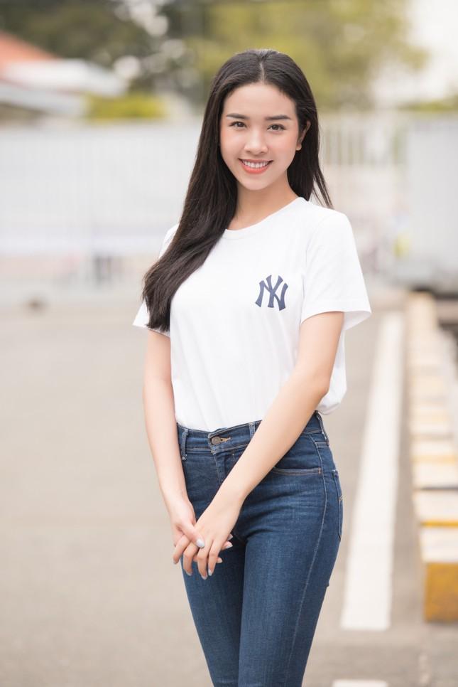 Dàn Hoa - Á hậu khoe sắc tinh khôi với áo trắng, tham gia hiến máu nhân đạo ảnh 7