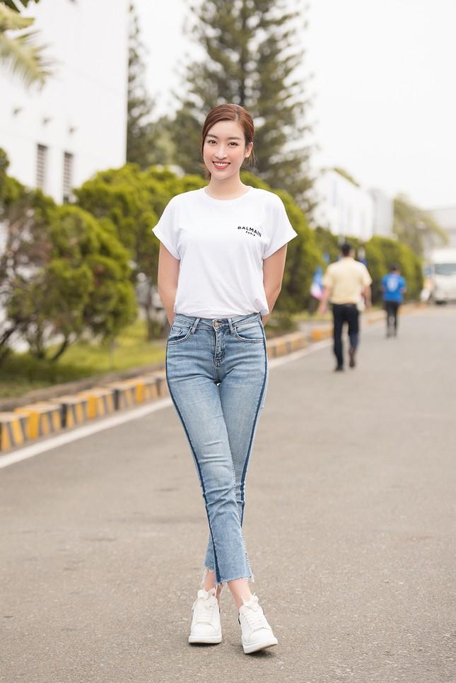 Dàn Hoa - Á hậu khoe sắc tinh khôi với áo trắng, tham gia hiến máu nhân đạo ảnh 4