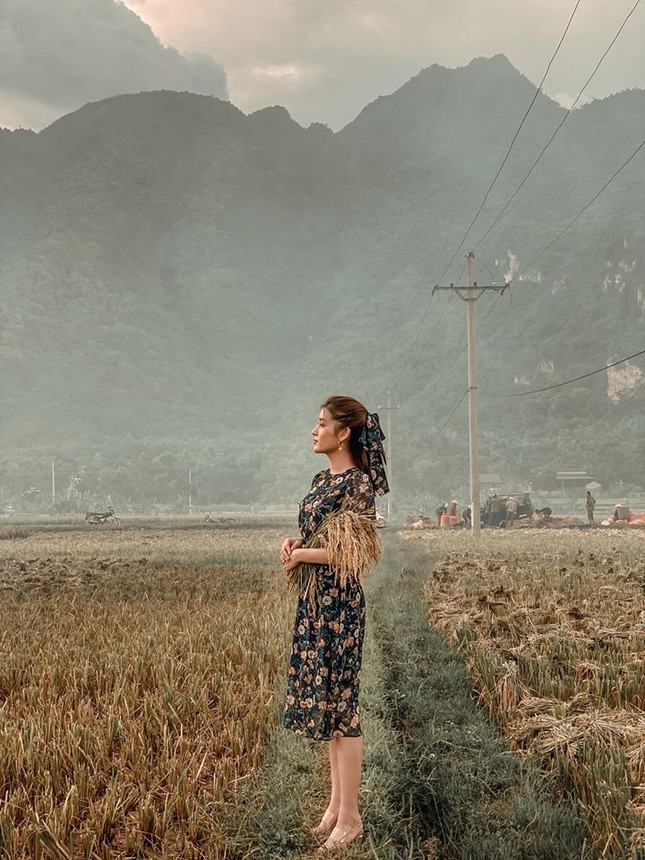 Hoa hậu Đặng Thu Thảo lần đầu lộ diện xinh đẹp sau khi sinh con thứ hai ảnh 4