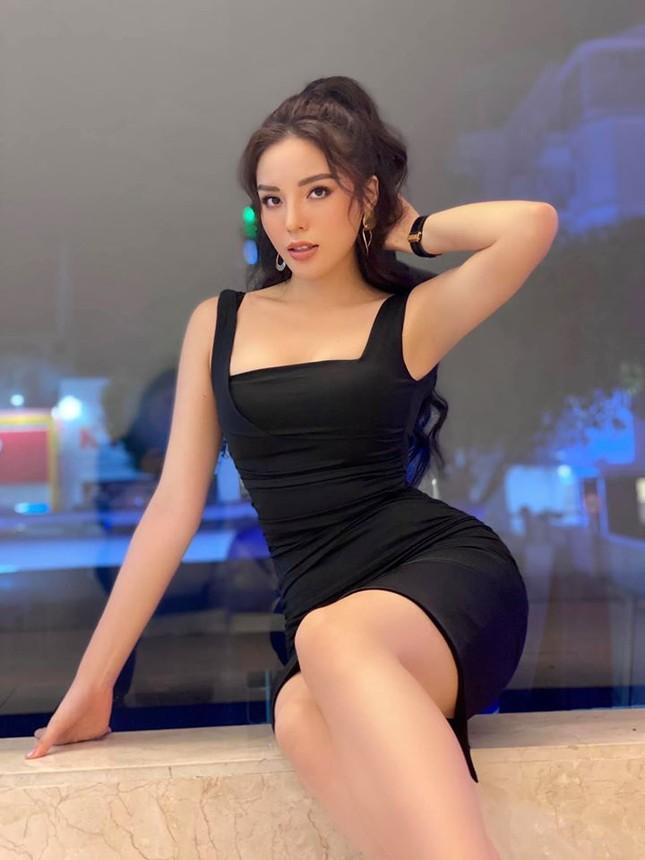 Hoa hậu Đặng Thu Thảo lần đầu lộ diện xinh đẹp sau khi sinh con thứ hai ảnh 9