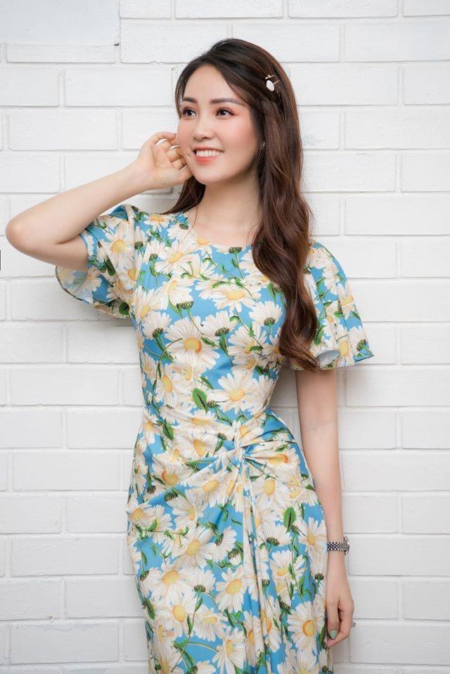 Mai Phương Thuý mặc váy trễ ngực sexy, hội ngộ dàn 'bông hậu' ở tiệc sinh nhật Tú Anh ảnh 8