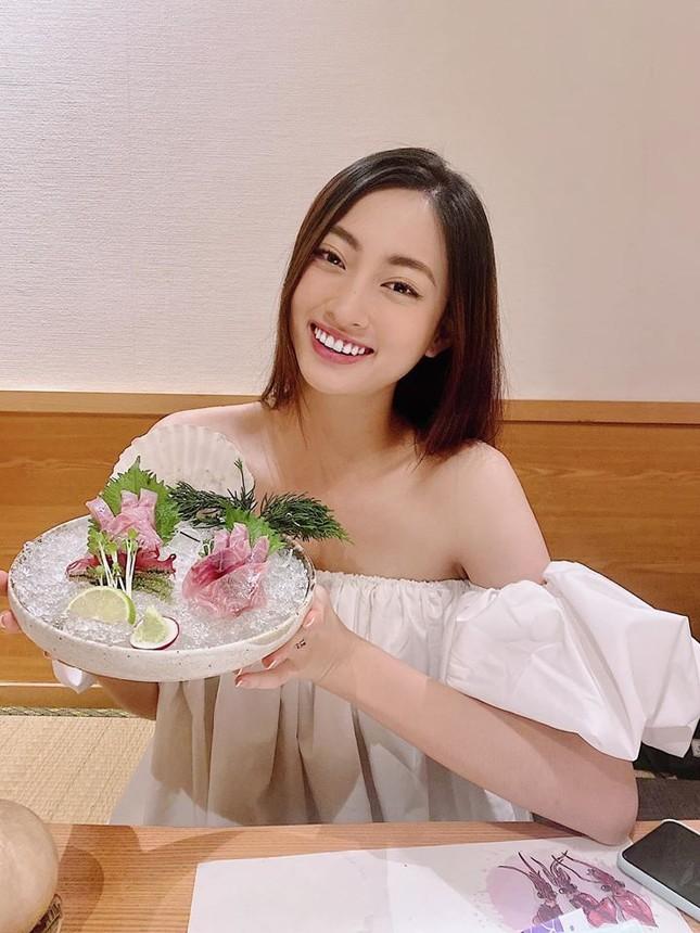 Mai Phương Thuý mặc váy cúp ngực sexy ảnh 12