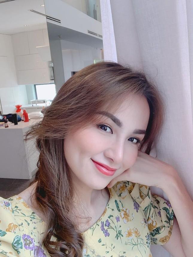 Mai Phương Thuý mặc váy cúp ngực sexy ảnh 13
