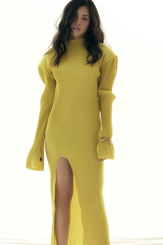 Mai Phương Thuý mặc 'kín mít' vẫn xinh đẹp, Lan Khuê nóng bỏng với áo tắm đơn sắc ảnh 6