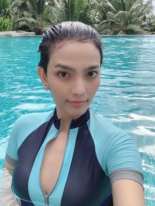 Hiếm khi diện áo tắm, mỹ nhân ăn chay trường Trương Thị May khoe khéo vòng 1 sexy ảnh 6