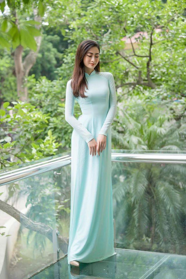 Hoa hậu Diễm Hương mặc áo tắm đỏ rực khoe đường cong uốn lượn nóng bỏng ảnh 4