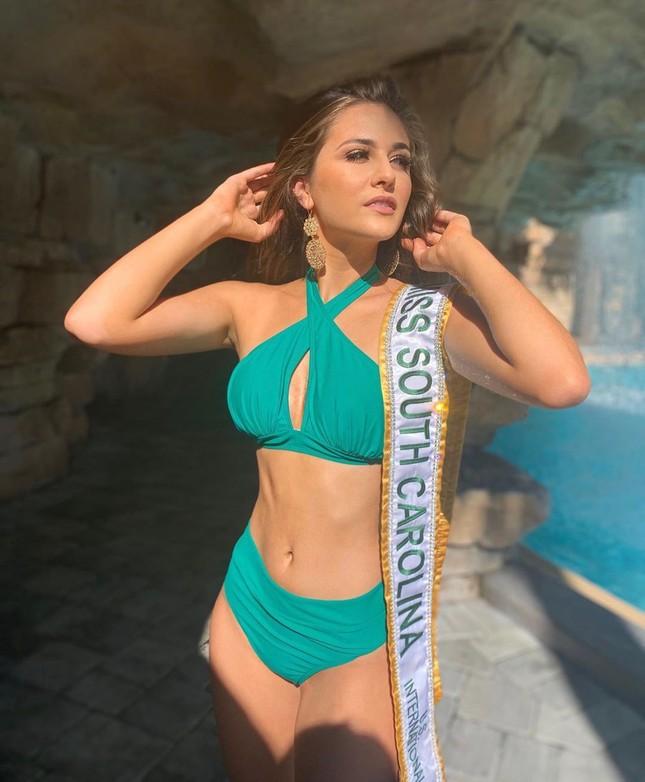 Ngắm đường cong sexy của người đẹp 19 tuổi đăng quang Hoa hậu Quốc tế Mỹ 2020 ảnh 8