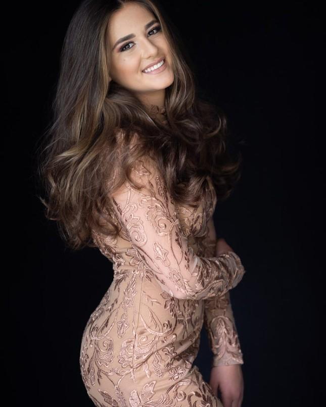 Ngắm đường cong sexy của người đẹp 19 tuổi đăng quang Hoa hậu Quốc tế Mỹ 2020 ảnh 13