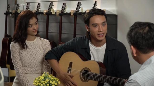 Á hậu Kiều Loan tái xuất làm MC, trổ tài ca hát bên 'trai đẹp' Thuận Nguyễn ảnh 6