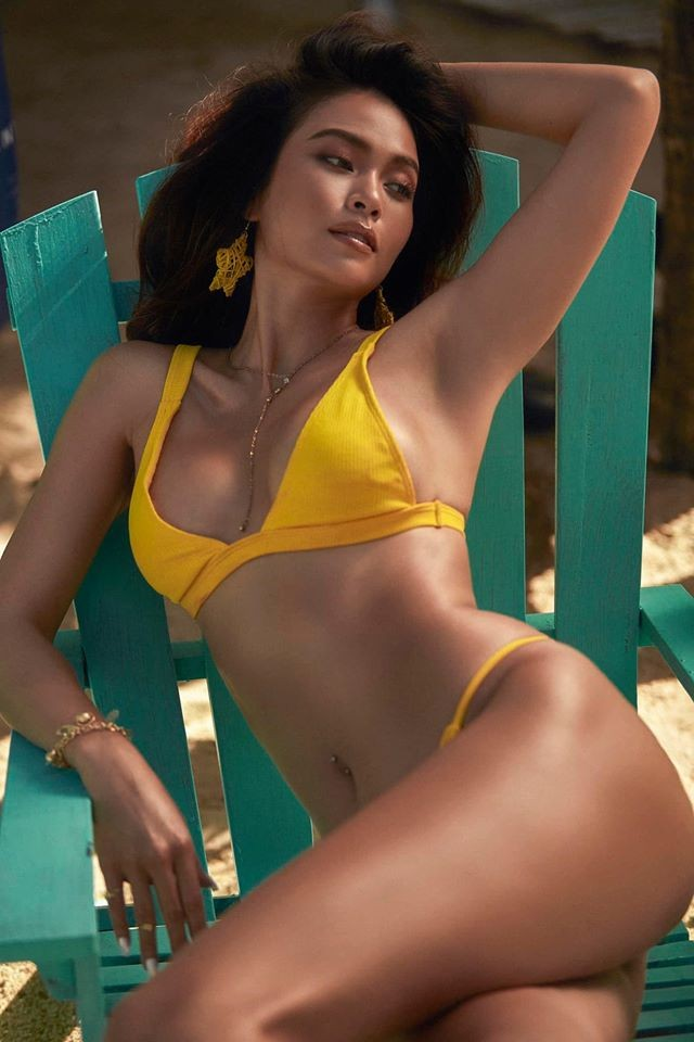 Mâu Thuỷ lại 'đốn tim' fans với loạt ảnh bikini khoe đường cong nóng bỏng trên biển ảnh 4