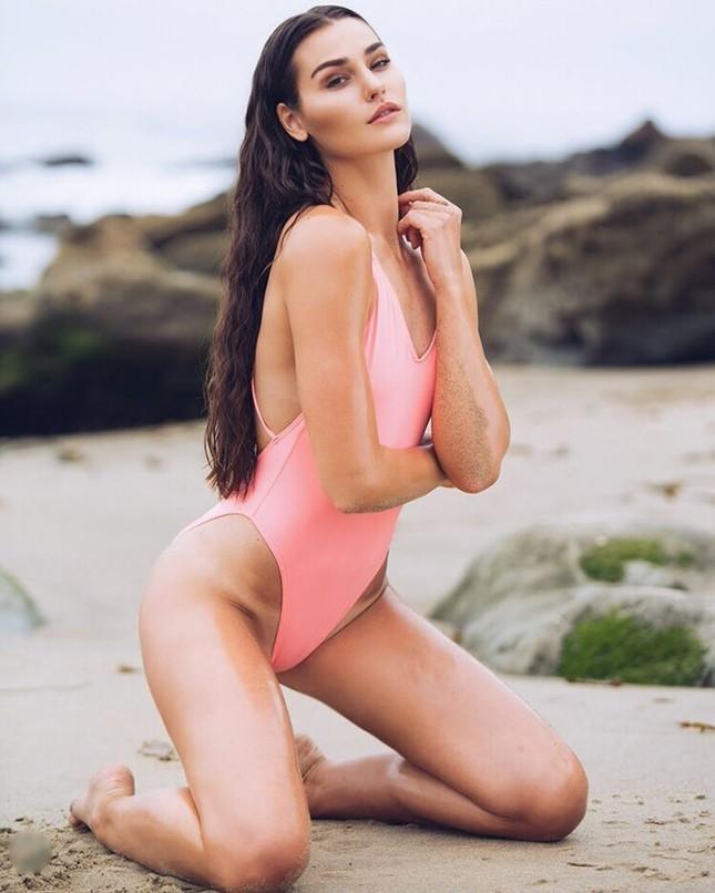 Tân Hoa hậu Trái Đất Mỹ gây choáng ngợp với nhan sắc nóng bỏng, xinh đẹp ảnh 9