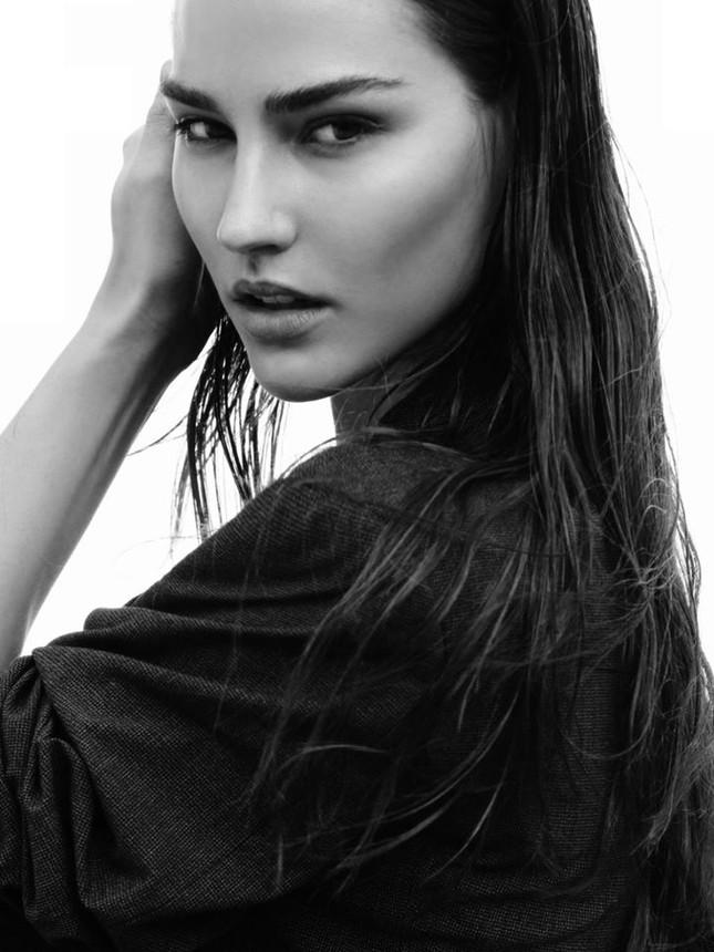 Tân Hoa hậu Trái Đất Mỹ gây choáng ngợp với nhan sắc nóng bỏng, xinh đẹp ảnh 3