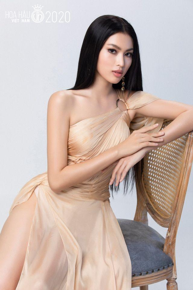 Nữ sinh HUTECH sở hữu chiều cao 1m77 và đôi chân 1m11 dự thi Hoa hậu Việt Nam 2020 ảnh 3