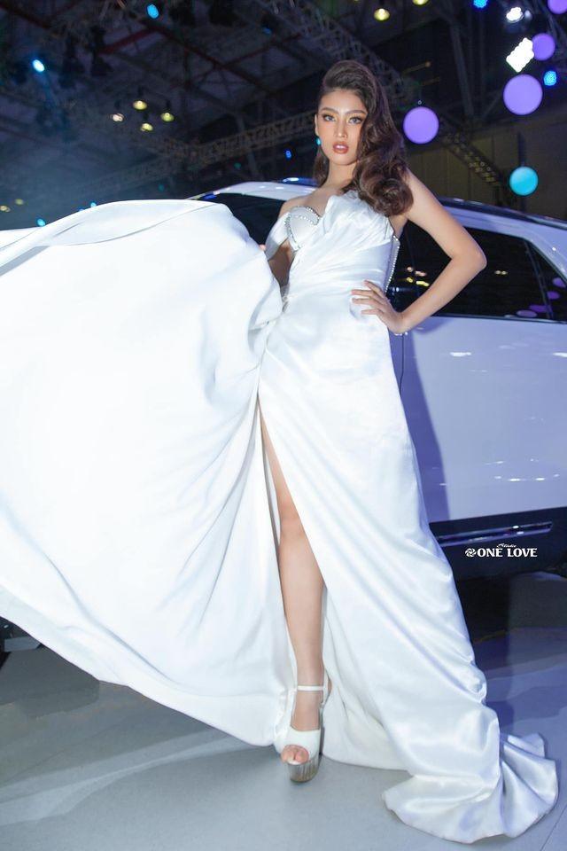 Nữ sinh HUTECH sở hữu chiều cao 1m77 và đôi chân 1m11 dự thi Hoa hậu Việt Nam 2020 ảnh 6
