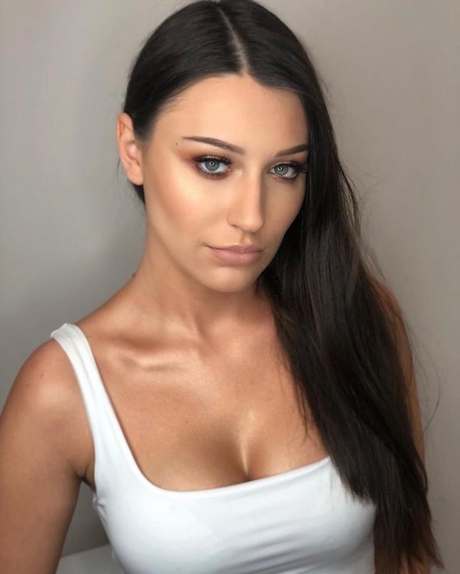 Tân Hoa hậu Trái đất Ba Lan nóng bỏng không thua kém 'thiên thần' Victoria's Secret ảnh 4