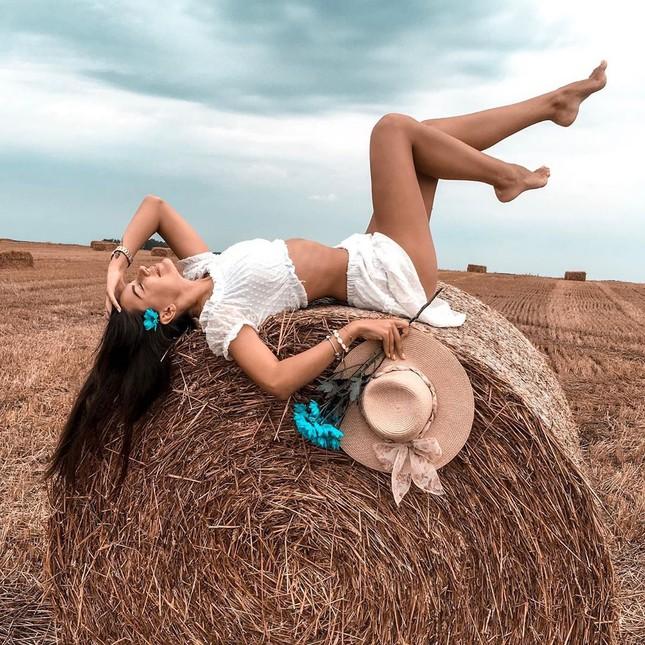 Tân Hoa hậu Trái đất Ba Lan nóng bỏng không thua kém 'thiên thần' Victoria's Secret ảnh 8