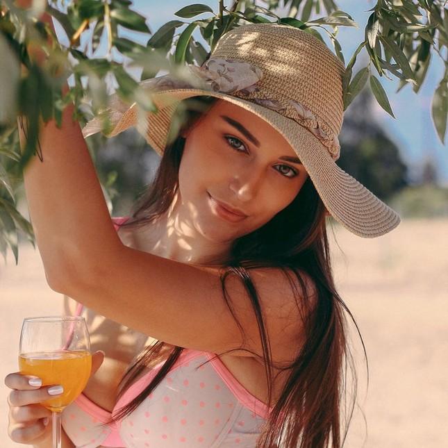 Tân Hoa hậu Trái đất Ba Lan nóng bỏng không thua kém 'thiên thần' Victoria's Secret ảnh 6