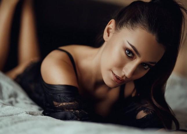 Tân Hoa hậu Trái đất Ba Lan nóng bỏng không thua kém 'thiên thần' Victoria's Secret ảnh 13