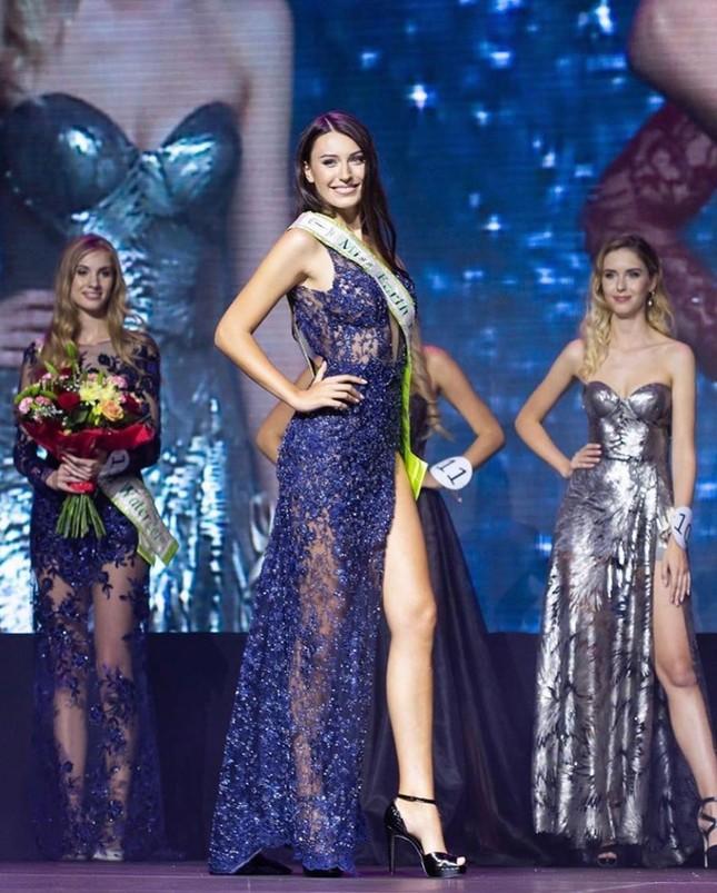 Tân Hoa hậu Trái đất Ba Lan nóng bỏng không thua kém 'thiên thần' Victoria's Secret ảnh 1