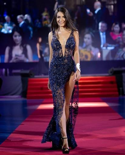 Tân Hoa hậu Trái đất Ba Lan nóng bỏng không thua kém 'thiên thần' Victoria's Secret ảnh 2