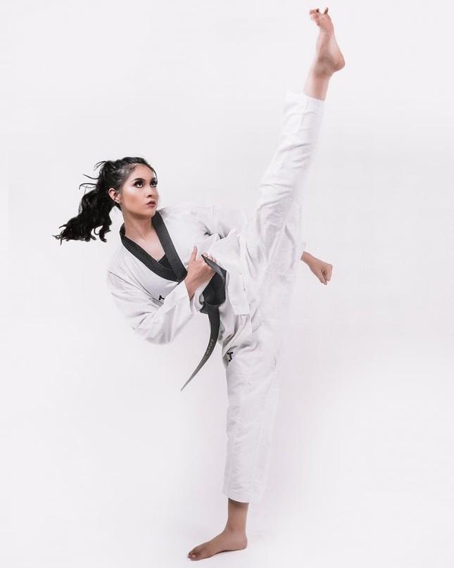 Vận động viên đai đen Taekwondo lên ngôi Hoa hậu Trái đất Mexico ảnh 5