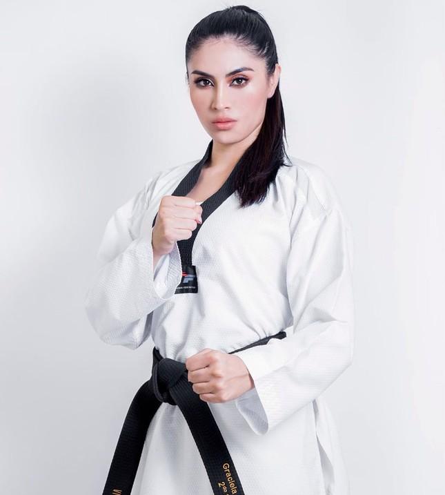 Vận động viên đai đen Taekwondo lên ngôi Hoa hậu Trái đất Mexico ảnh 4