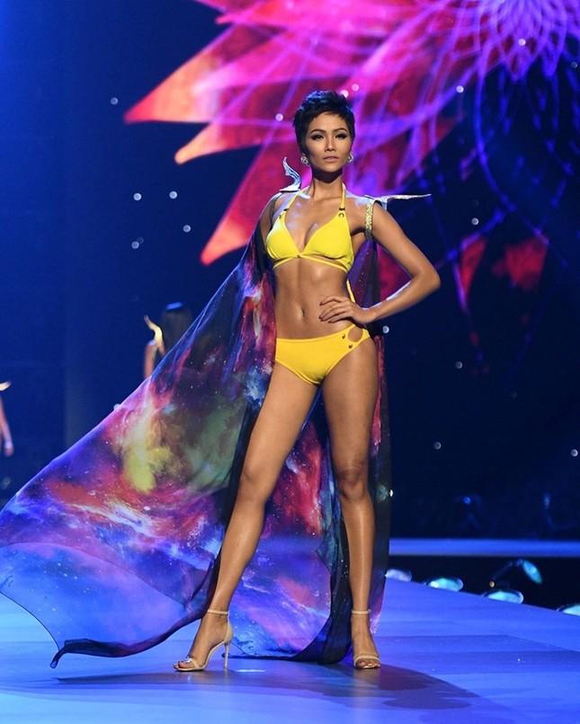 Khánh Vân 'gây bão' trên Missosology, fan quốc tế dự đoán sẽ lại lọt top tại Miss Universe ảnh 6