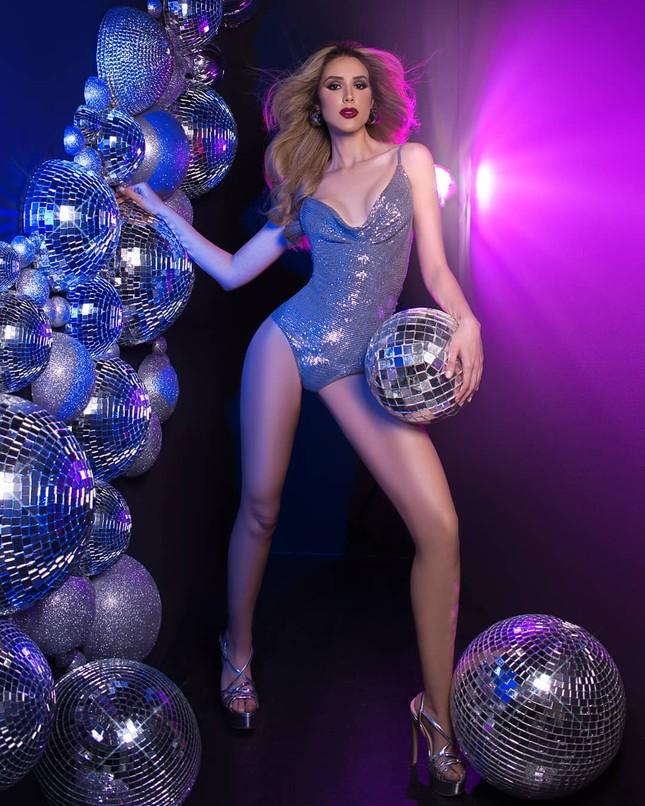 Mỹ nhân 24 tuổi sở hữu đôi chân dài 'cực phẩm lên ngôi Hoa hậu Venezuela 2020 ảnh 3