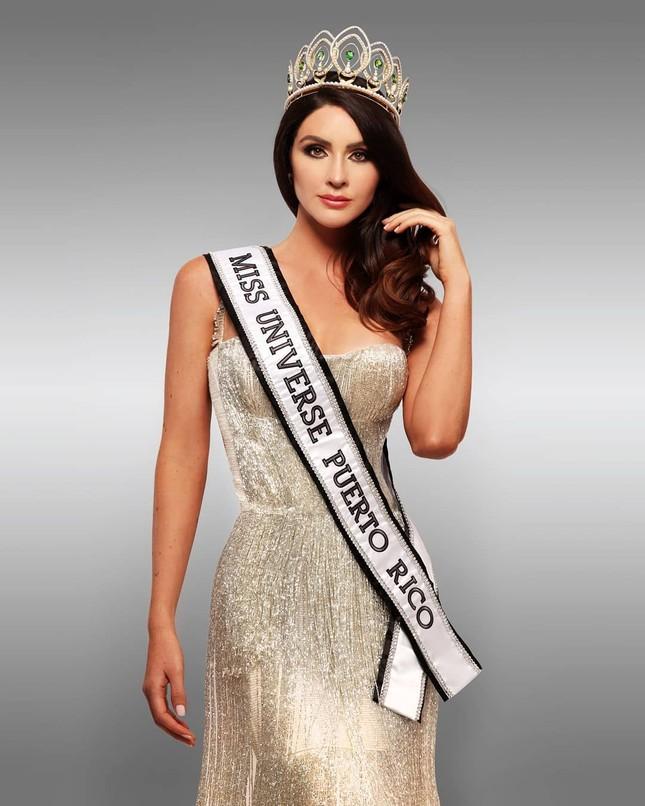 Tân Hoa hậu Hoàn vũ Puerto Rico sở hữu chiều cao 'khủng' 1m80 cùng học vấn đáng nể ảnh 2