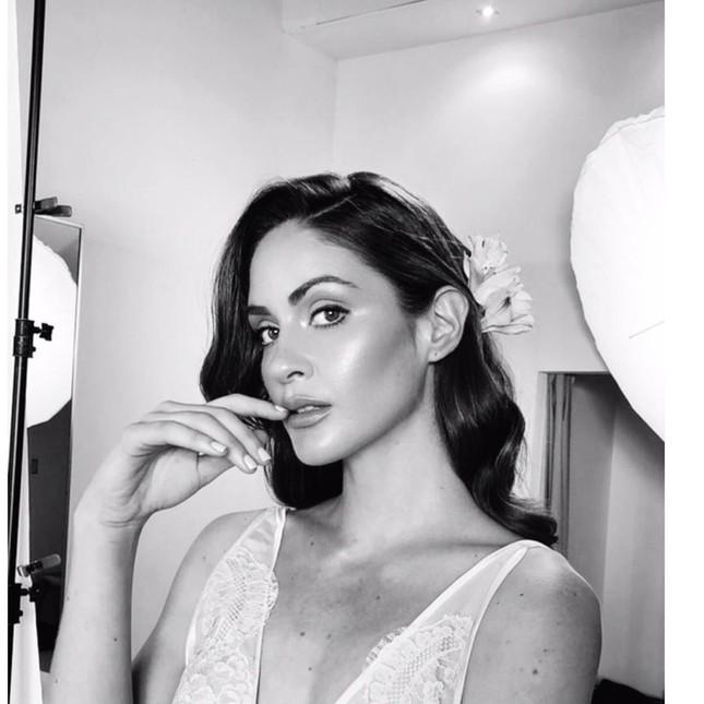 Tân Hoa hậu Hoàn vũ Puerto Rico sở hữu chiều cao 'khủng' 1m80 cùng học vấn đáng nể ảnh 6