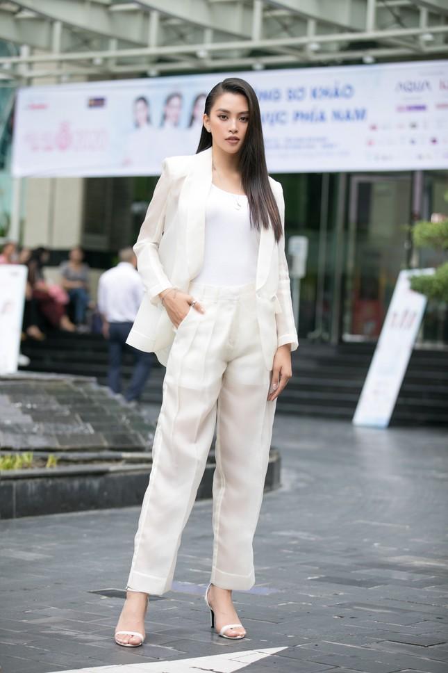 Dàn hoa hậu gợi cảm đầy 'quyền lực' dự sơ khảo phía Nam Hoa hậu Việt Nam 2020 ảnh 1