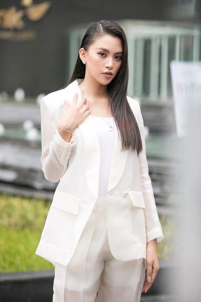 Dàn hoa hậu gợi cảm đầy 'quyền lực' dự sơ khảo phía Nam Hoa hậu Việt Nam 2020 ảnh 3