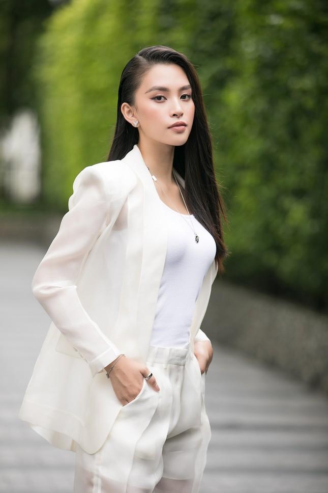 Dàn hoa hậu gợi cảm đầy 'quyền lực' dự sơ khảo phía Nam Hoa hậu Việt Nam 2020 ảnh 4