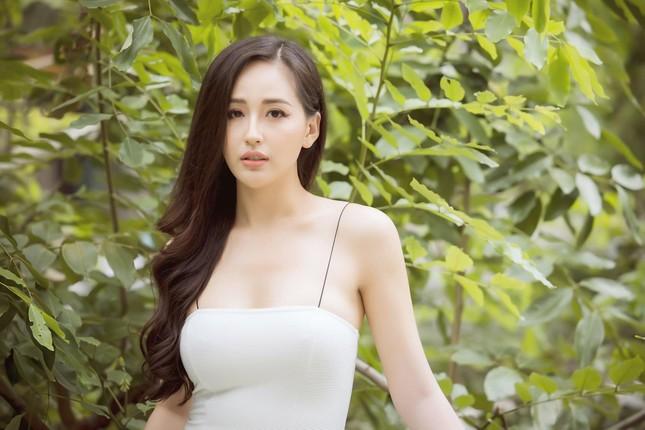Tiểu Vy-Minh Tú đọ sắc với váy dạ hội đỏ rực, khoe đường cong sexy khiến fans 'ngây ngất' ảnh 6