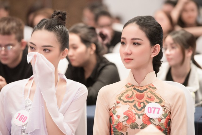 Choáng ngợp với sự đầu tư công phu của dàn thí sinh HHVN dự sơ khảo Người đẹp tài năng ảnh 14
