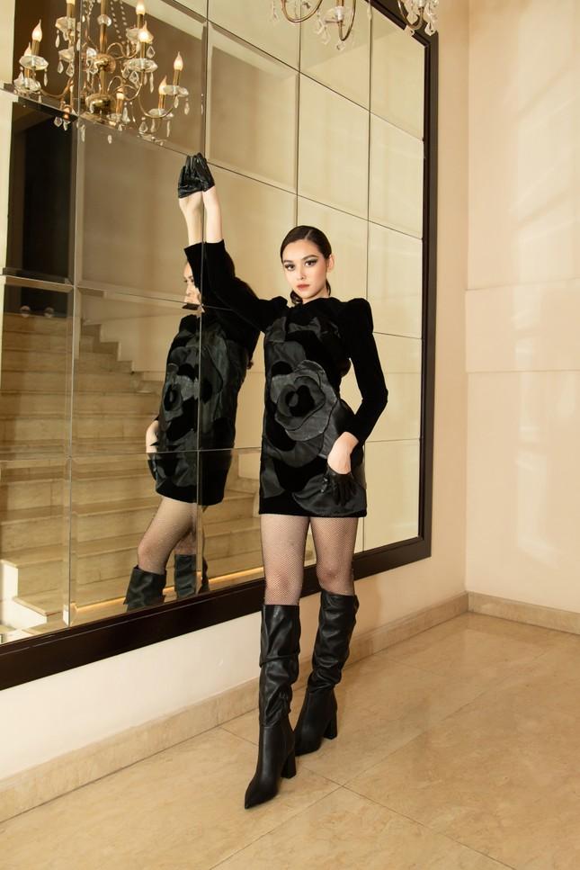 Lương Thùy Linh, Tường San 'song kiếm hợp bích' trên sàn diễn, thần thái 'vạn người mê' ảnh 5
