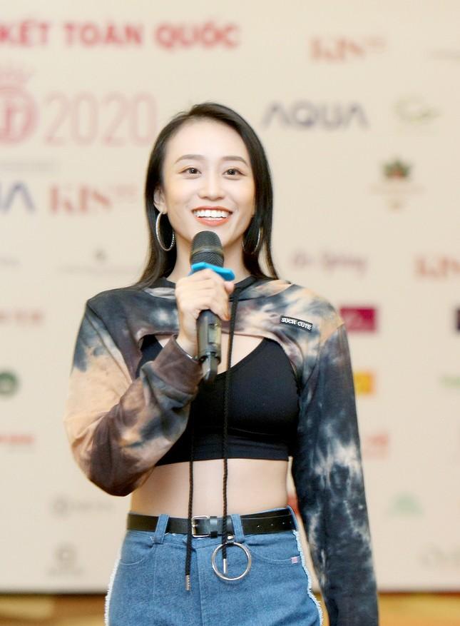 Biên đạo múa Kim Anh chia sẻ yếu tố quan trọng nhất để các thí sinh HHVN thể hiện ảnh 2